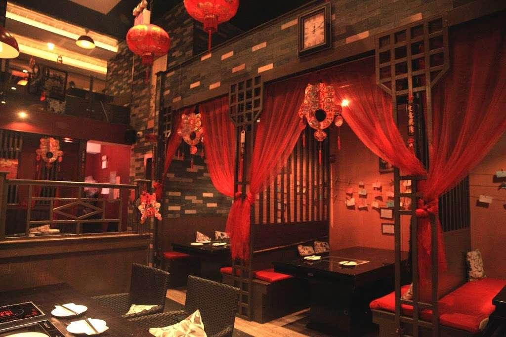 99 Favor Taste - restaurant  | Photo 1 of 10 | Address: 285 Grand St, New York, NY 10002, USA | Phone: (646) 682-9122