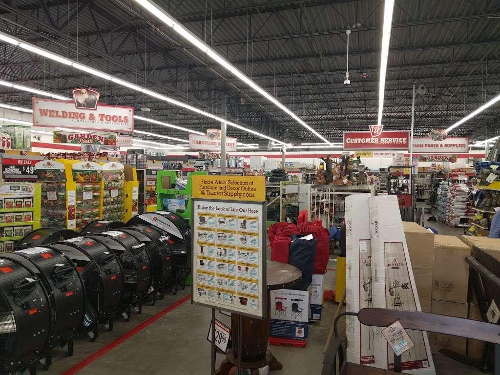 Tractor Supply Co. - hardware store  | Photo 2 of 10 | Address: 18567 Buddy Riley Blvd, Magnolia, TX 77354, USA | Phone: (281) 259-7158