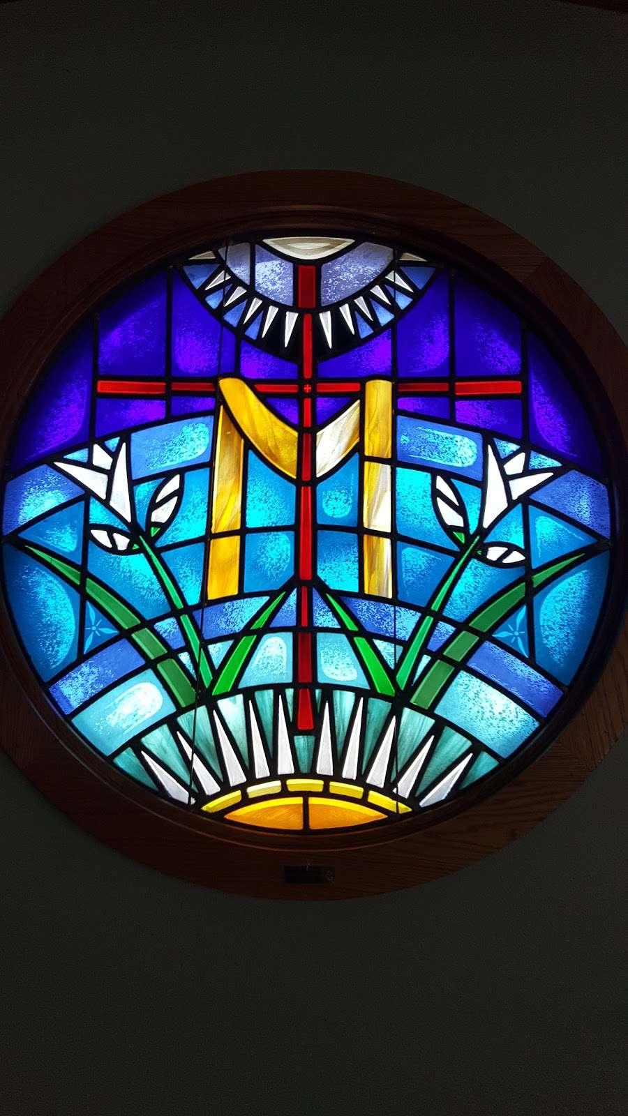 Resurrection Lutheran Church - church  | Photo 5 of 10 | Address: 12400 W Cold Spring Rd, New Berlin, WI 53151, USA | Phone: (262) 786-8880