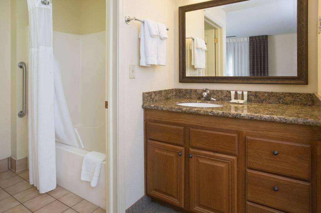 Staybridge Suites Lincoln I-80 - lodging  | Photo 3 of 9 | Address: 2701 Fletcher Ave, Lincoln, NE 68504, USA | Phone: (402) 438-7829