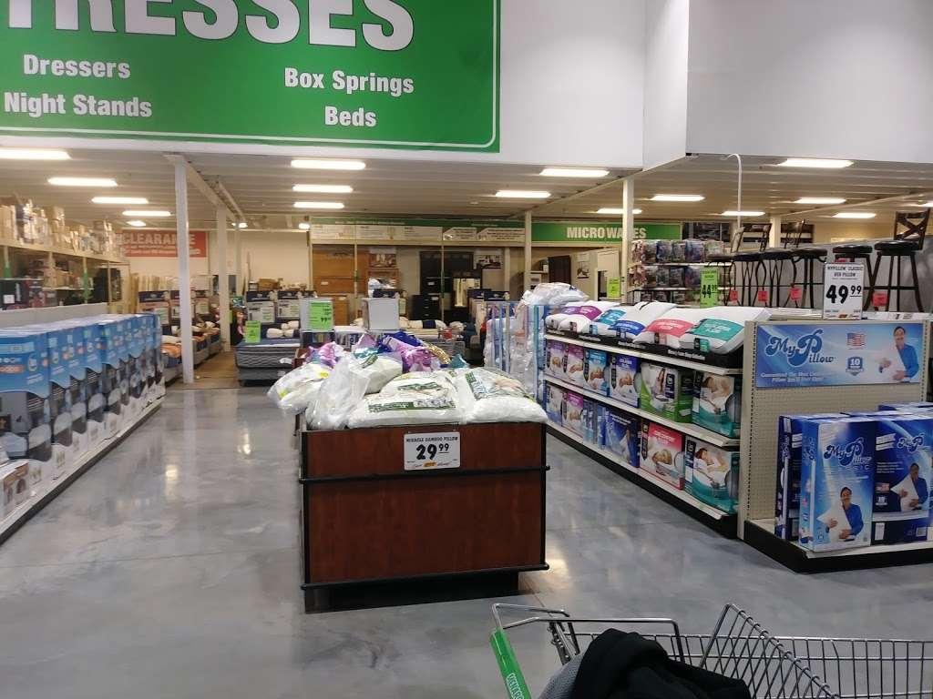 Menards - hardware store  | Photo 4 of 10 | Address: 800 Markey Pkwy, Belton, MO 64012, USA | Phone: (816) 318-9459