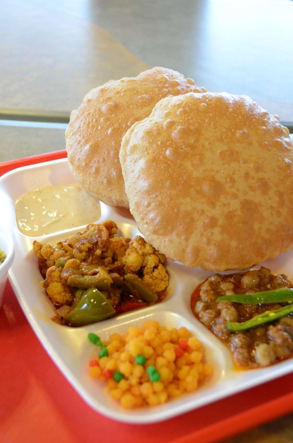 Chataka Masti Indian Grill - restaurant  | Photo 4 of 10 | Address: 888 S. Rt 59 #108, Naperville, IL 60540, USA | Phone: (630) 922-5880