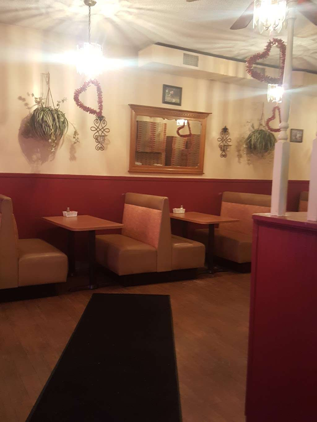 Expressos Pizza Restaurant - meal delivery  | Photo 4 of 5 | Address: 2949 Hartford Ave #3, Johnston, RI 02919, USA | Phone: (401) 934-2515