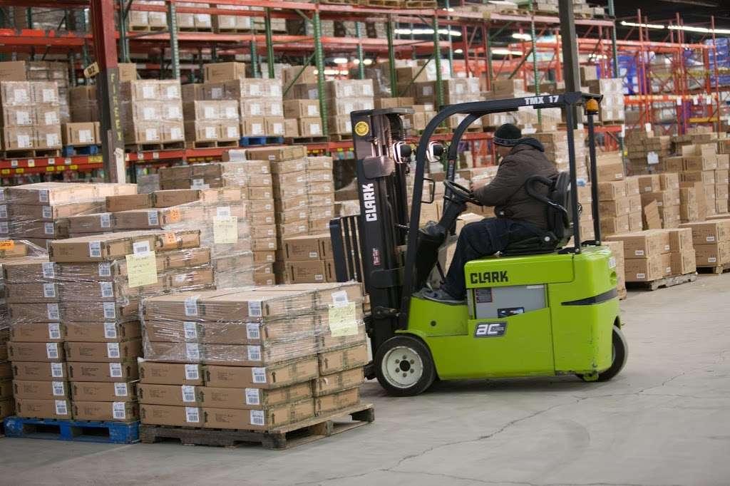 Port Logistics Group - storage    Photo 1 of 6   Address: 125 Castle Rd, Secaucus, NJ 07094, USA   Phone: (201) 865-2121