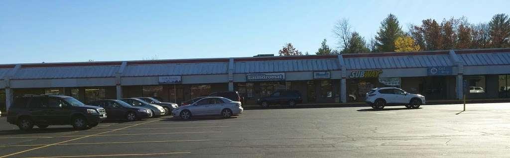 The Commons Shopping Center - shopping mall  | Photo 8 of 10 | Address: 515 Daniel Webster Hwy, Merrimack, NH 03054, USA