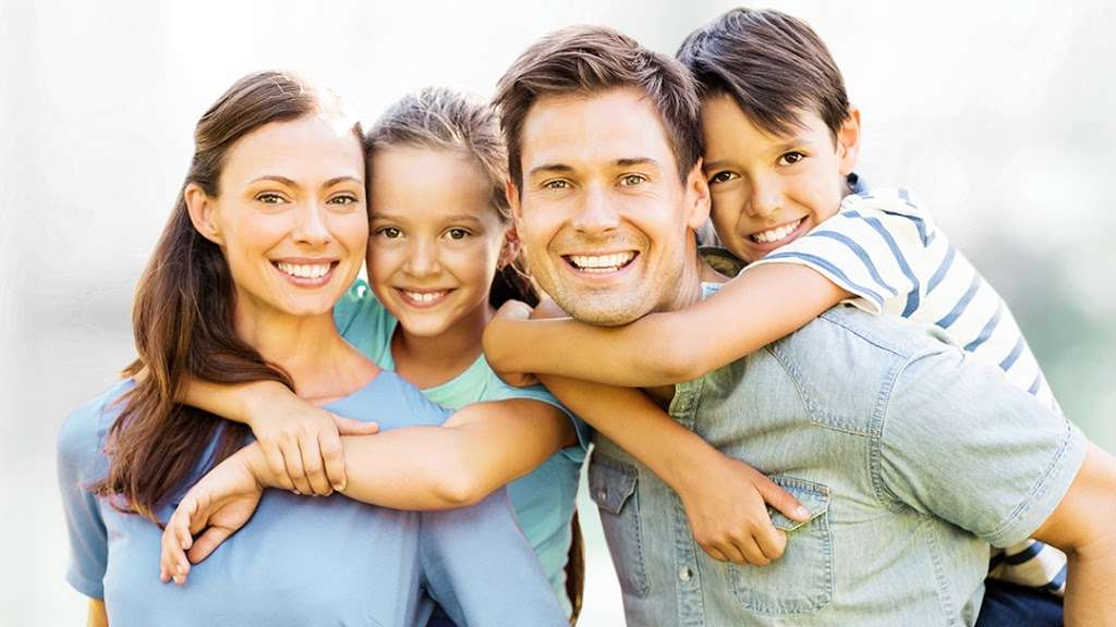 Hart Dental - dentist  | Photo 4 of 10 | Address: 728 W Northwest Hwy, Barrington, IL 60010, USA | Phone: (847) 865-4278