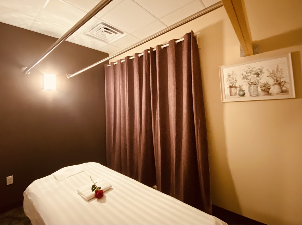 Massage Crystal - spa    Photo 5 of 7   Address: 13919 Baltimore Ave # 6, Laurel, MD 20707, USA   Phone: (202) 428-9177