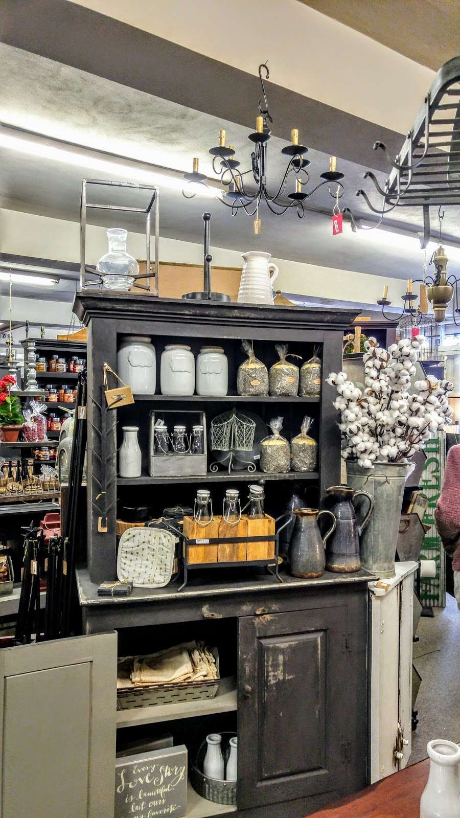 Cocalico Creek Country Store - home goods store  | Photo 6 of 10 | Address: 1037 N Reading Rd, Stevens, PA 17578, USA | Phone: (717) 336-5522