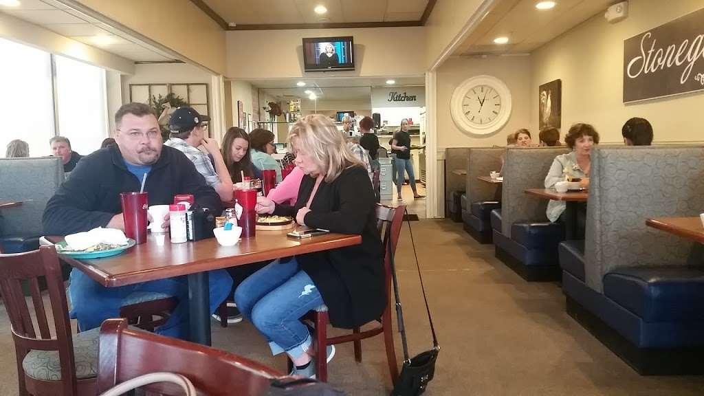 Stonegate Cafe LLC - cafe  | Photo 6 of 10 | Address: 16524 Keystone Blvd F, Parker, CO 80134, USA | Phone: (303) 841-1565