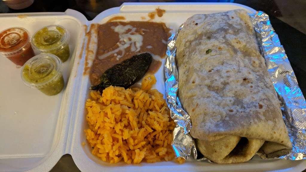 Mas Tacos - restaurant  | Photo 4 of 5 | Address: 8020 Kennedy Ave, Highland, IN 46322, USA | Phone: (219) 301-5077