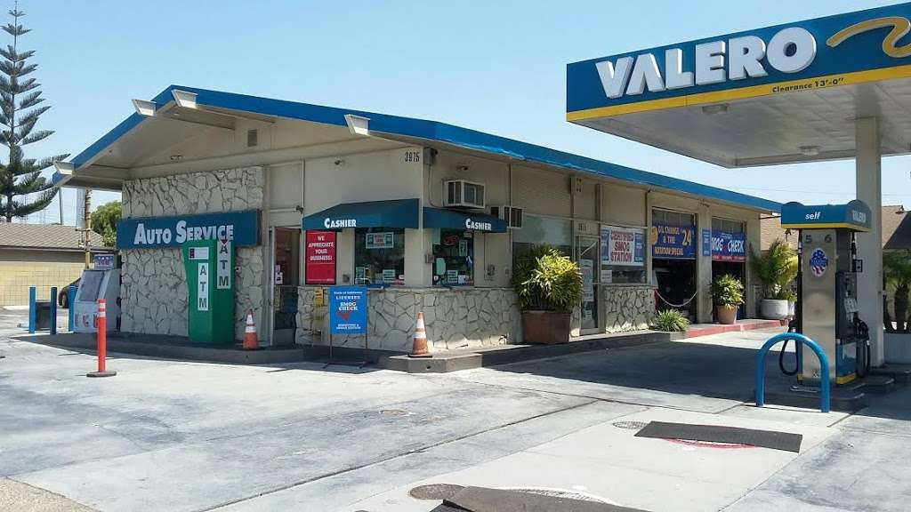Torrance Valero and Auto Repair - gas station  | Photo 1 of 10 | Address: 3975 W 190th St, Torrance, CA 90504, USA | Phone: (310) 371-4806
