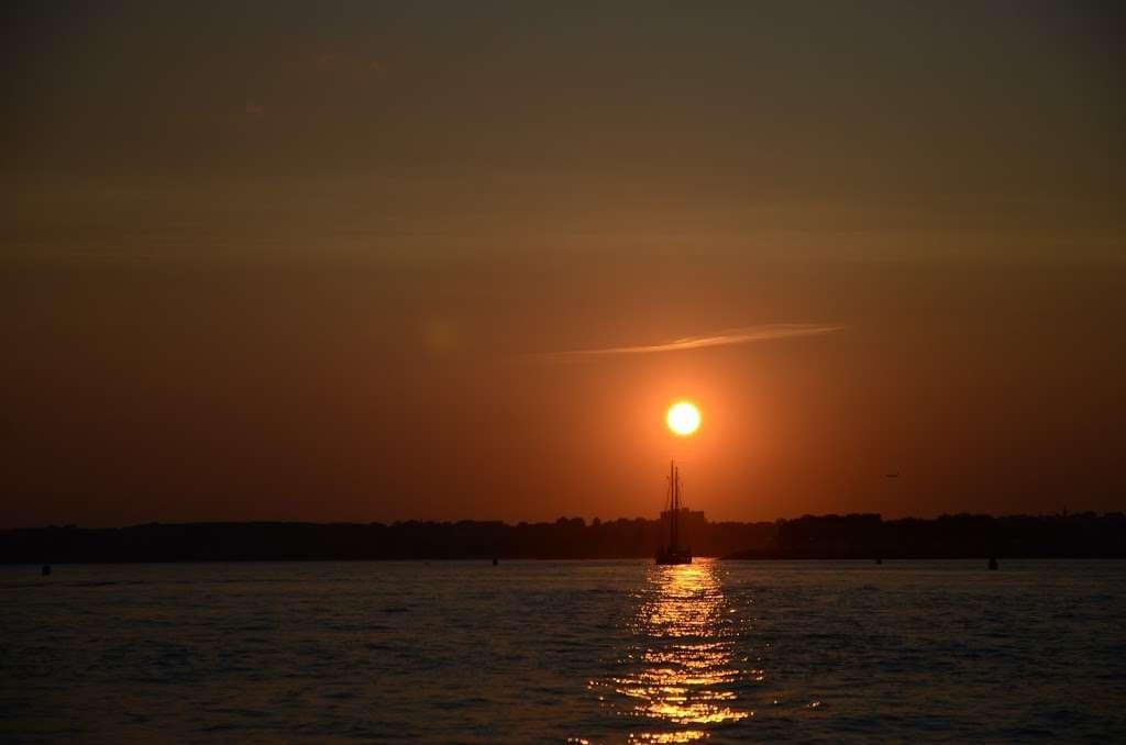 Gotham Sailing - travel agency  | Photo 10 of 10 | Address: 80 Audrey Zapp Dr, Jersey City, NJ 07305, USA | Phone: (732) 820-0290