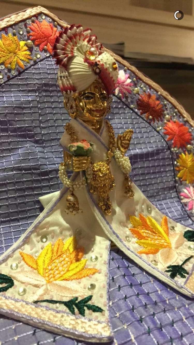 BAPS Shri Swaminarayan Mandir - hindu temple  | Photo 9 of 10 | Address: 2000 Tonnelle Ave, North Bergen, NJ 07047, USA | Phone: (201) 865-6555
