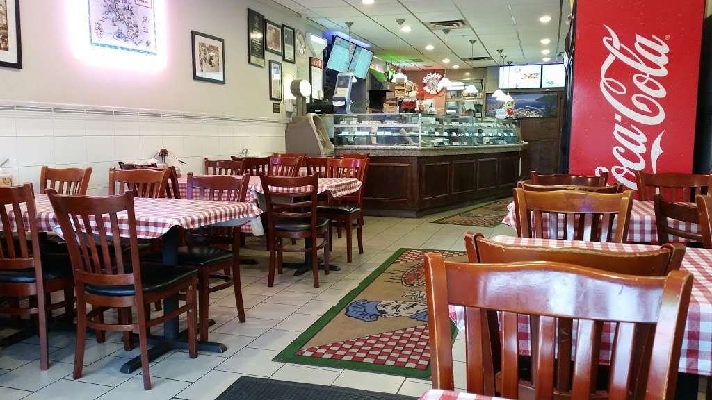 Hi-Class Pizza - restaurant  | Photo 1 of 10 | Address: 246-11 Jericho Turnpike, Queens, NY 11426, USA | Phone: (718) 347-1696