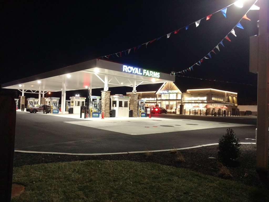 Royal Farms - convenience store  | Photo 5 of 10 | Address: 12 S Black Horse Pike, Bellmawr, NJ 08031, USA | Phone: (856) 208-3239