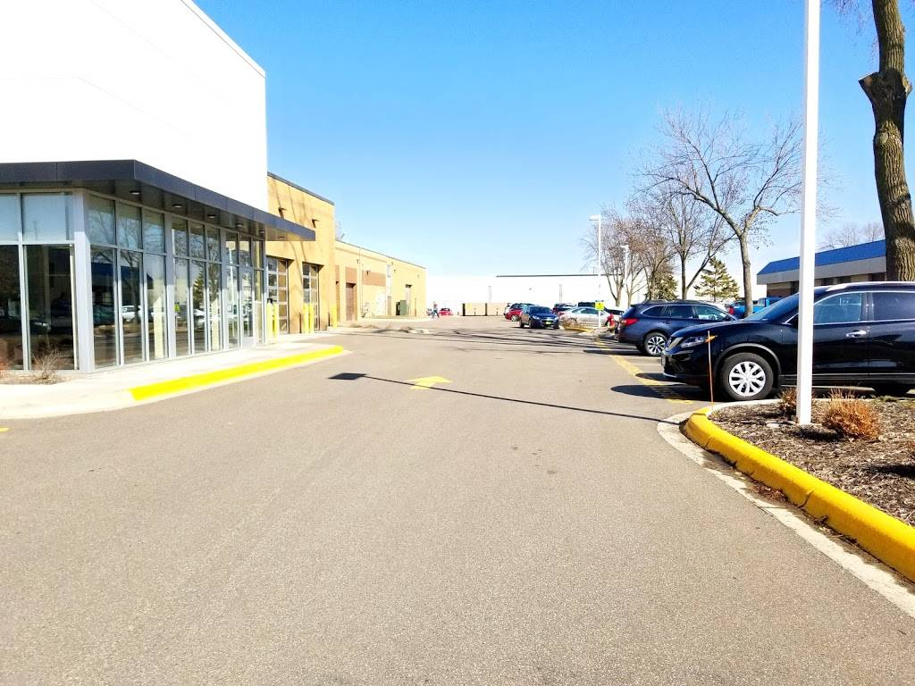Morries Auto Body & Glass Repair - car repair  | Photo 9 of 9 | Address: 7800 Jolly Ln N, Brooklyn Park, MN 55445, USA | Phone: (763) 765-1670