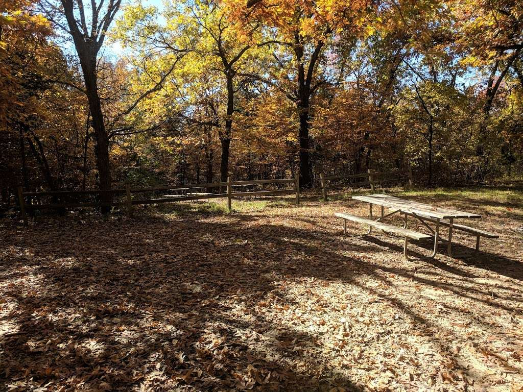 Campsite Chickasaw - campground  | Photo 4 of 4 | Address: Kansas City, KS 66111, USA