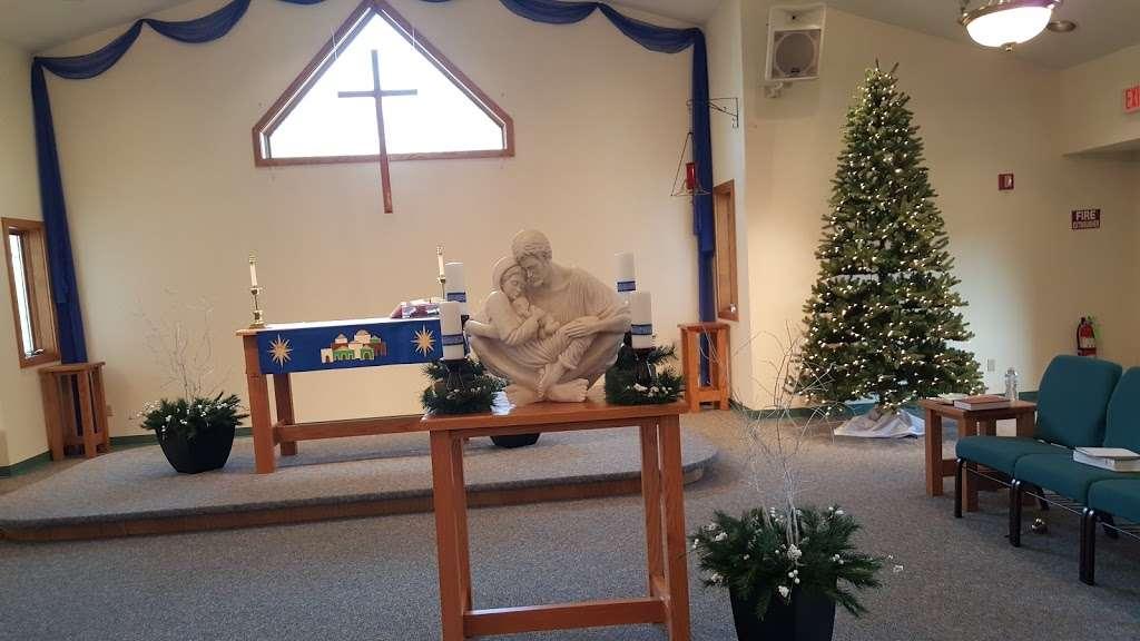 Resurrection Lutheran Church - church  | Photo 7 of 10 | Address: 12400 W Cold Spring Rd, New Berlin, WI 53151, USA | Phone: (262) 786-8880