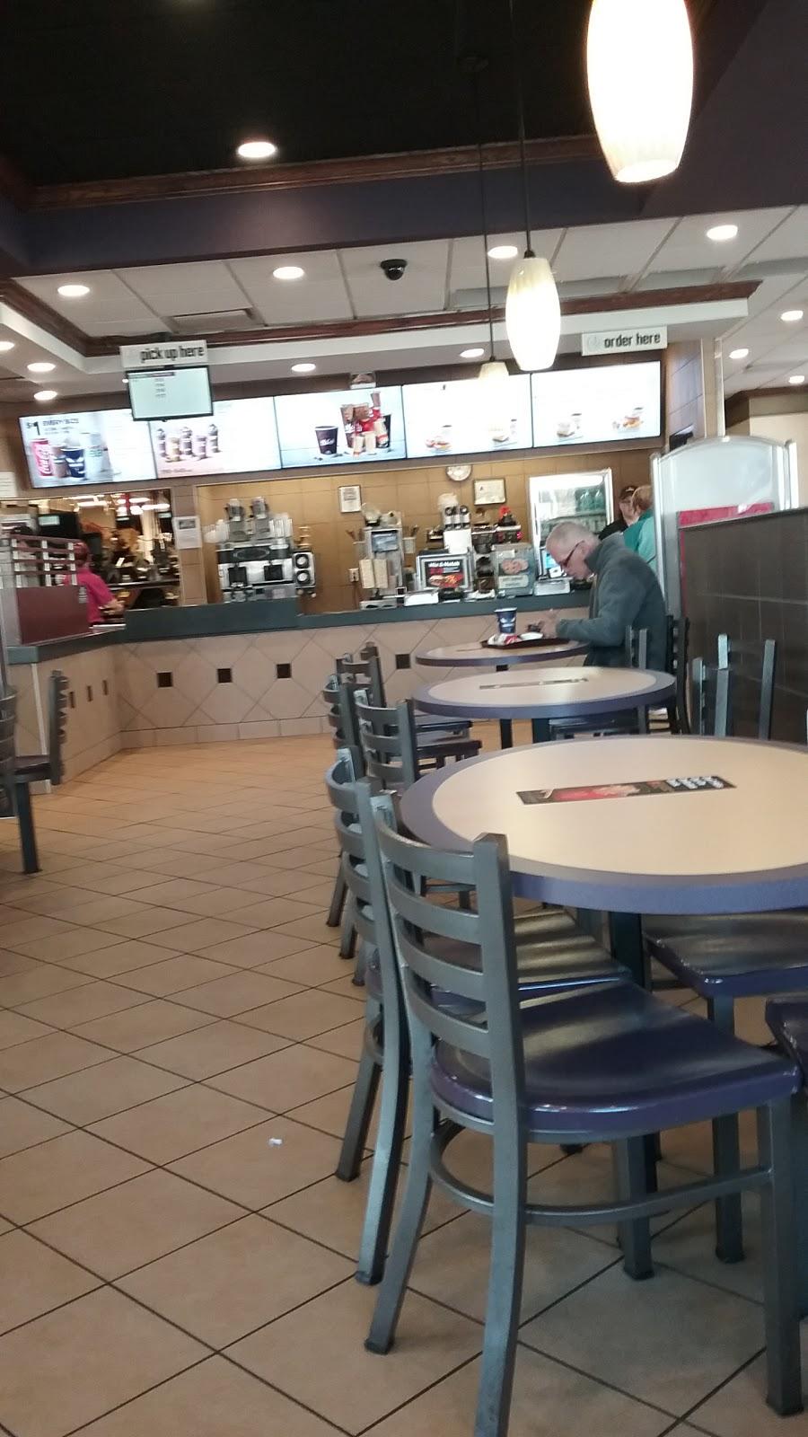 McDonalds - cafe  | Photo 4 of 10 | Address: 350 S Cannon Blvd, Kannapolis, NC 28081, USA | Phone: (704) 933-9554