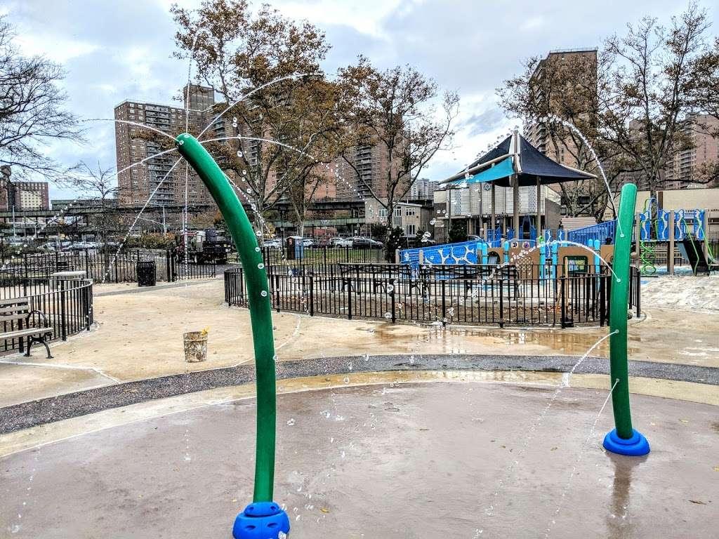 Asser Levy Park - park  | Photo 4 of 10 | Address: 302 Sea Breeze Ave, Brooklyn, NY 11224, USA | Phone: (212) 639-9675