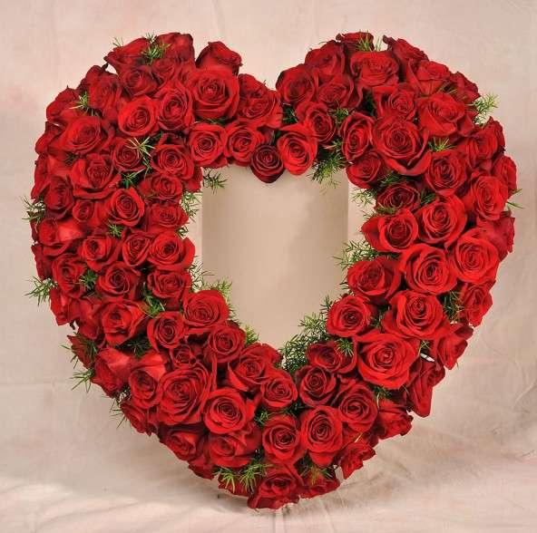 Crown Heights Florist & Fruit Baskets - florist    Photo 8 of 10   Address: 325 Kingston Ave, Brooklyn, NY 11213, USA   Phone: (718) 773-1000