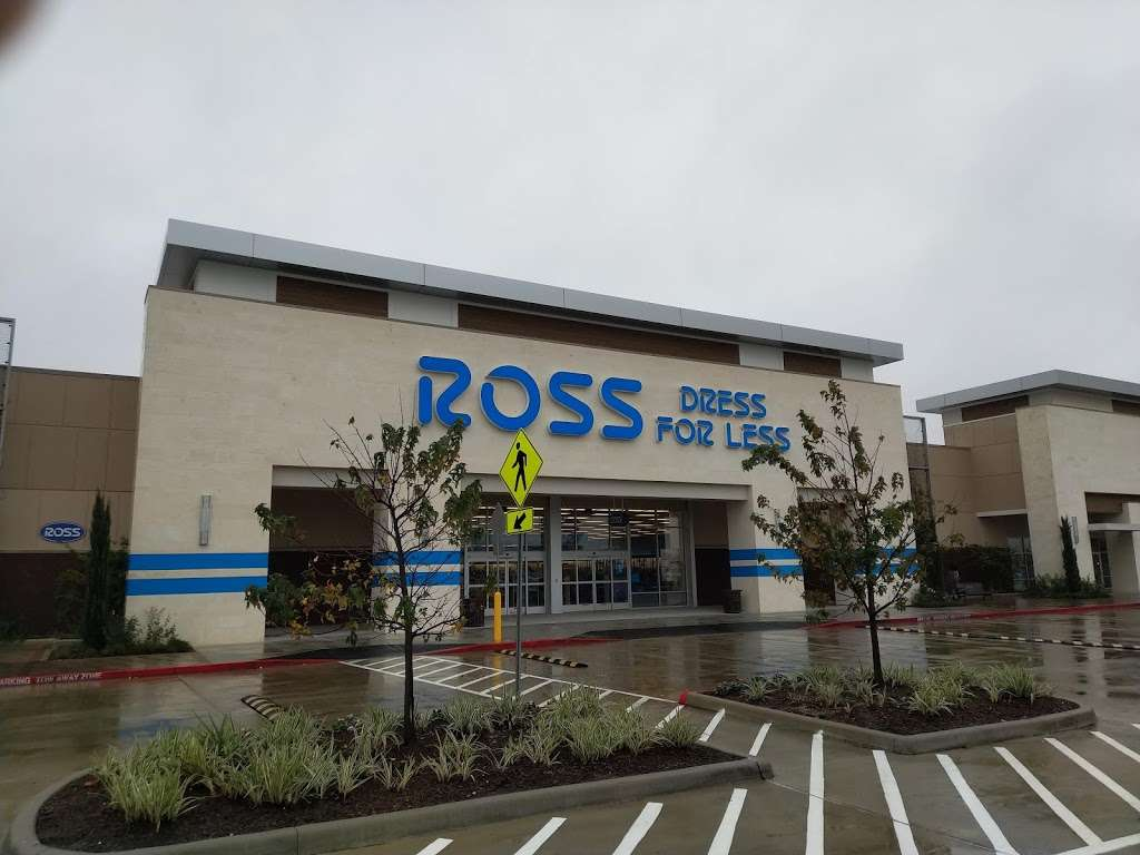 Ross Dress for Less - clothing store  | Photo 5 of 10 | Address: 6545 Spring Stuebner Rd, Spring, TX 77379, USA | Phone: (281) 370-0389