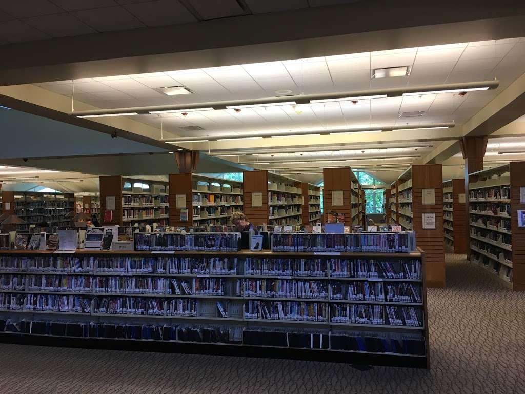 Livermore Public Library - Civic Center - library  | Photo 8 of 10 | Address: 1188 S Livermore Ave, Livermore, CA 94550, USA | Phone: (925) 373-5500