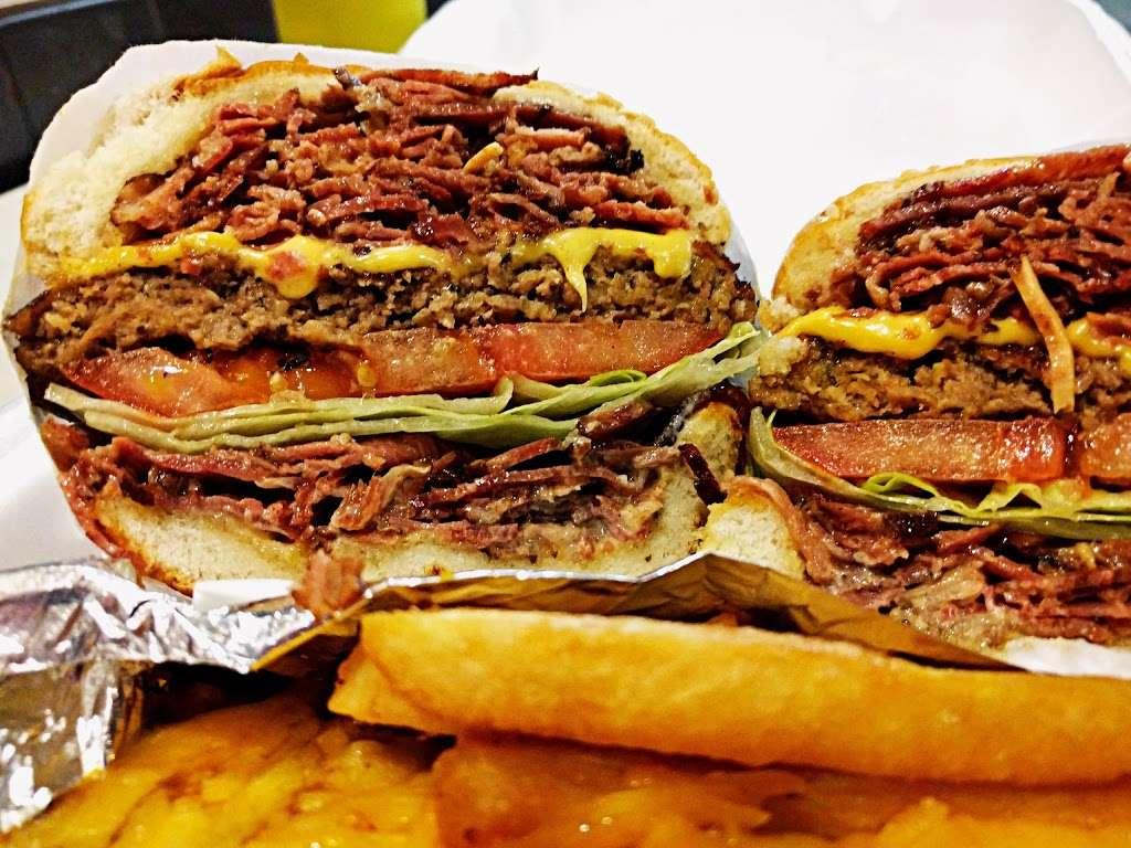 Dinos - restaurant    Photo 5 of 10   Address: 2817 N Main St, Los Angeles, CA 90031, USA   Phone: (323) 223-1843