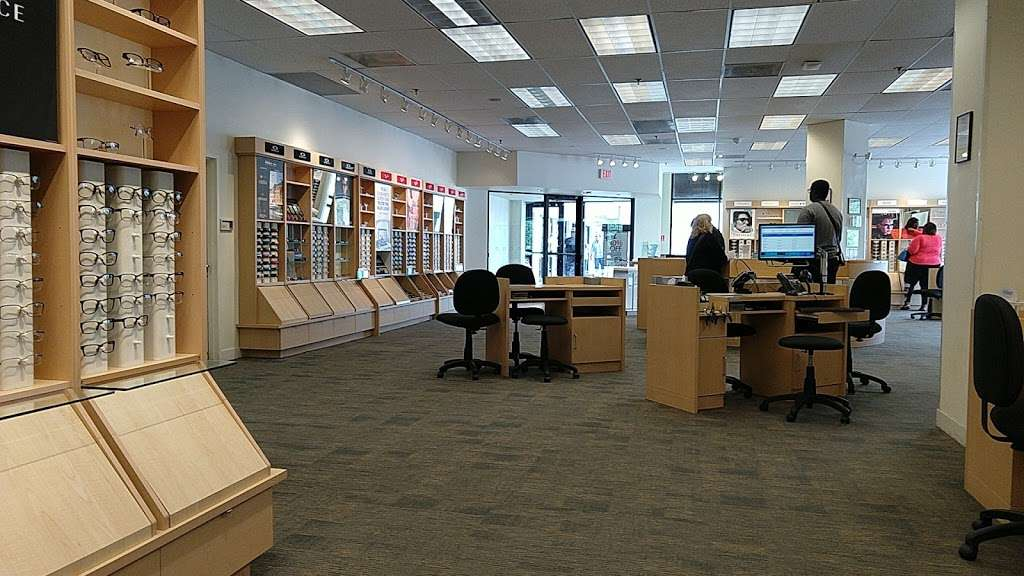 Lenscrafters Store 910 E Woodland Ave Rte 420