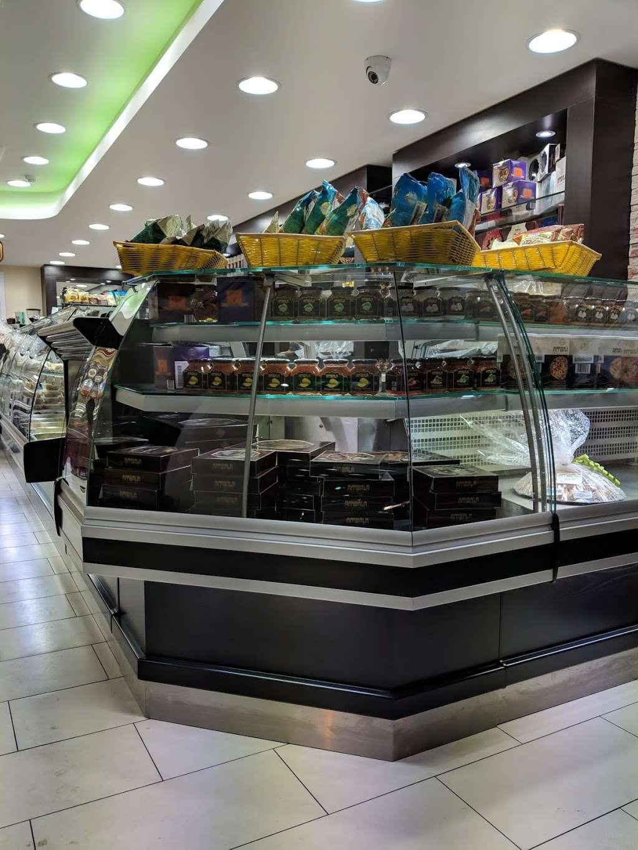 Ambala - store  | Photo 7 of 10 | Address: 201 Upper Tooting Rd, London SW17 7TG, UK | Phone: 020 8672 4867