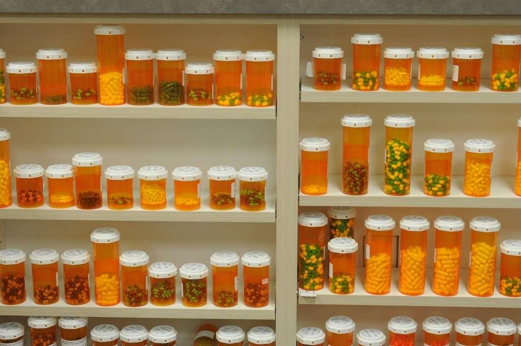 NewSpring Pharmacy - pharmacy  | Photo 3 of 10 | Address: 10750 W McDowell Rd C-301, Avondale, AZ 85392, USA | Phone: (623) 932-9800
