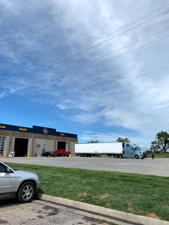 Boss Truck Shop - car repair    Photo 3 of 6   Address: 15004 S, NE-31, Gretna, NE 68028, USA   Phone: (402) 332-3648