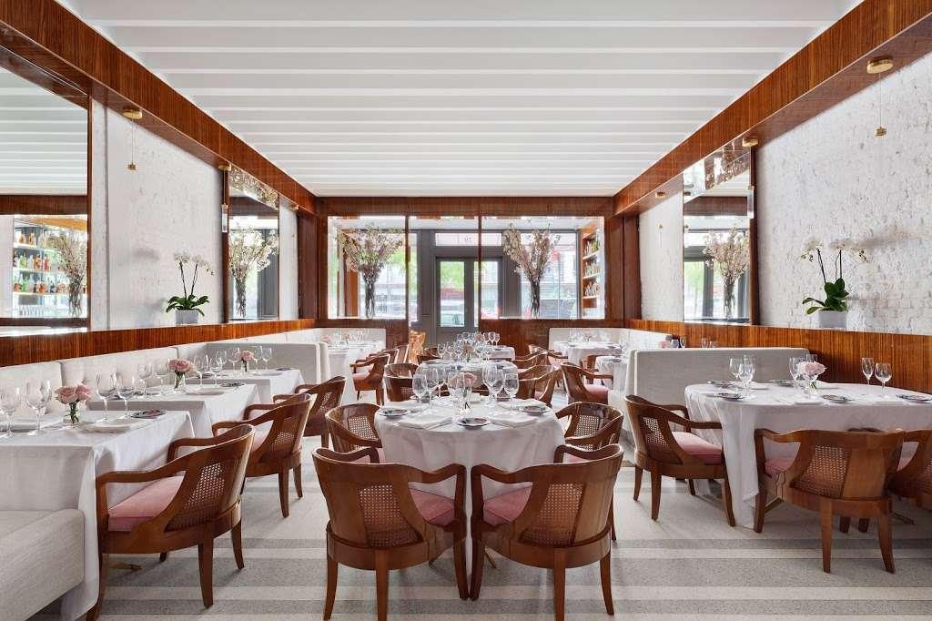 Bellini - restaurant  | Photo 1 of 10 | Address: 33 Peck Slip, New York, NY 10038, USA | Phone: (929) 263-0413