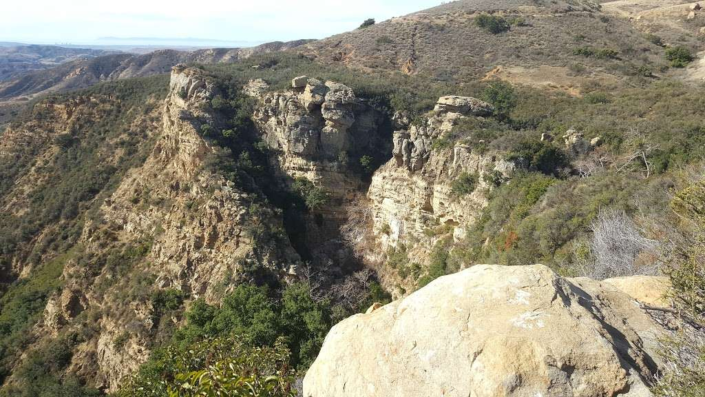 Black Star Canyon Falls - park    Photo 1 of 10   Address: 10499, 10967 Black Star Canyon Rd, Silverado, CA 92676, USA