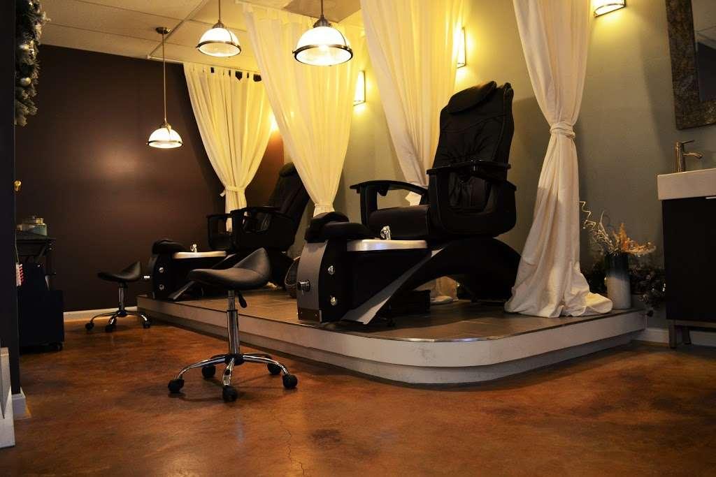 Amore Hair Salon + Spa - hair care    Photo 4 of 10   Address: 75 Monnett Ct, Prince Frederick, MD 20678, USA   Phone: (410) 414-5520