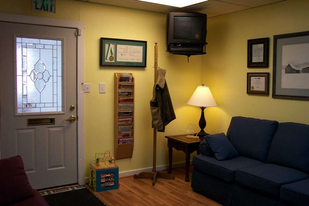 Washington Square Cosmetic & Family Dentistry - dentist    Photo 9 of 10   Address: 830 Mitthoeffer Rd, Indianapolis, IN 46229, USA   Phone: (317) 897-4163