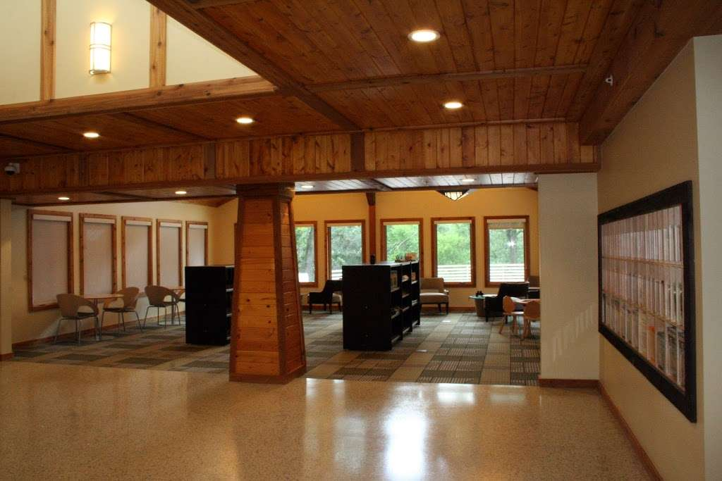 Lost Valley Visitor Center - travel agency    Photo 2 of 3   Address: 6316 Harts Rd, Ringwood, IL 60072, USA   Phone: (815) 678-4532