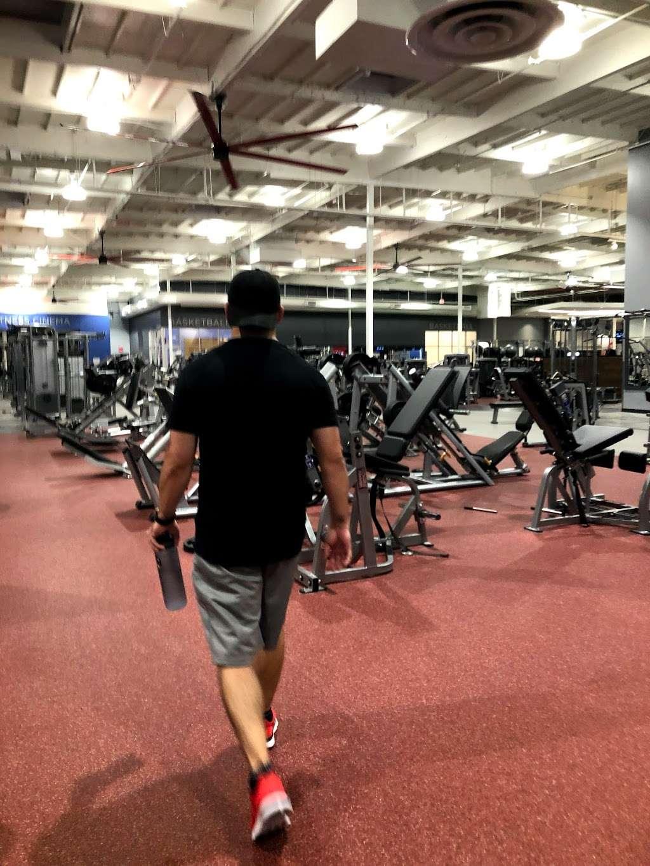 VASA Fitness - gym    Photo 5 of 9   Address: 4255 W Thunderbird Rd, Phoenix, AZ 85053, USA   Phone: (602) 603-0811