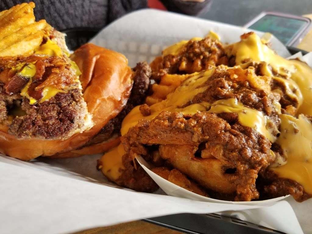 Joy Love Burgers - restaurant  | Photo 4 of 10 | Address: 13150 Farm to Market Rd 529 #101, Houston, TX 77041, USA | Phone: (281) 617-7240