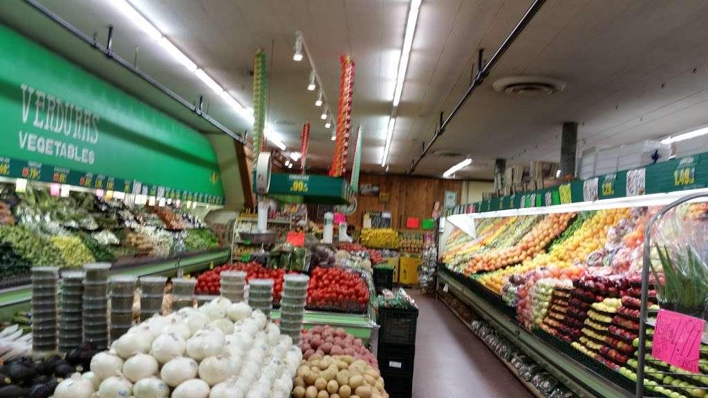 La Casa Del Pueblo Inc. - store  | Photo 5 of 10 | Address: 1810 S Blue Island Ave, Chicago, IL 60608, USA | Phone: (312) 421-4640