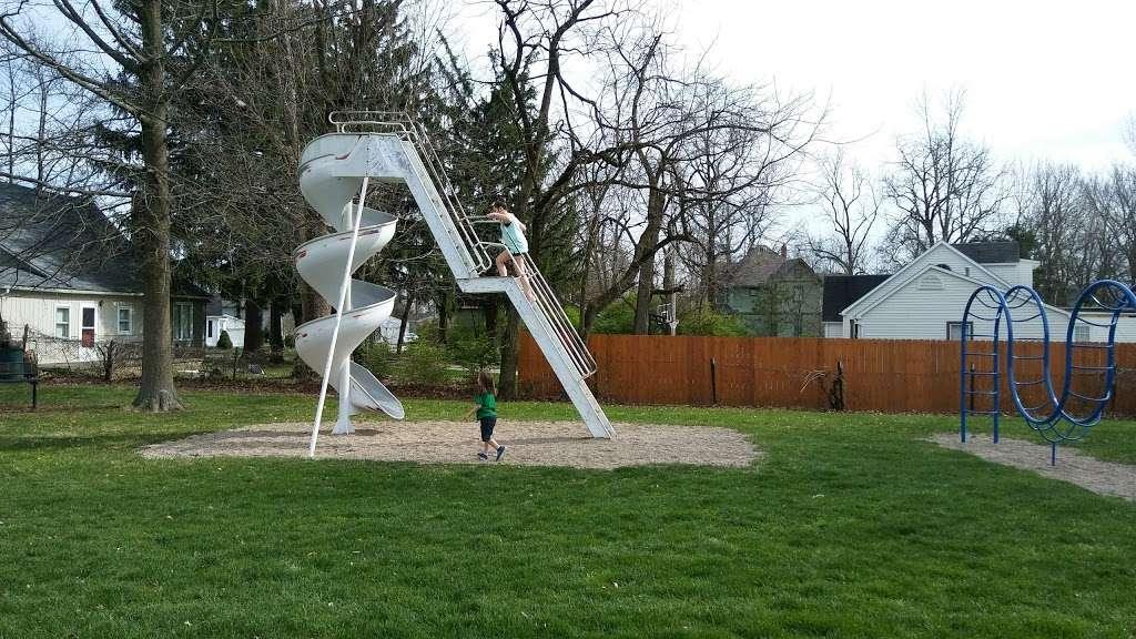 Fortville Memorial Park - park  | Photo 2 of 10 | Address: W Church St, Fortville, IN 46040, USA | Phone: (317) 485-4044