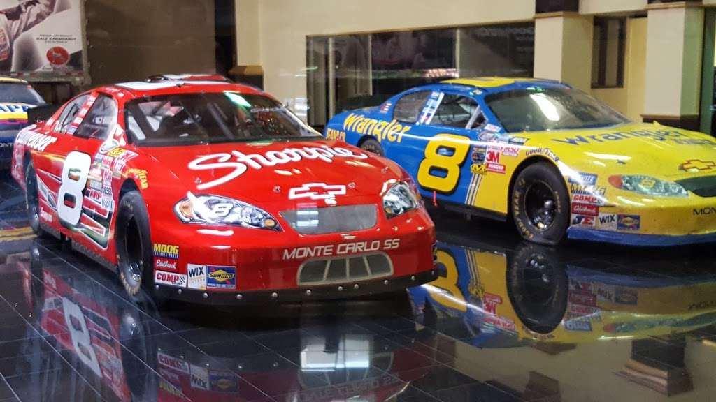 Dale Earnhardt Inc - museum    Photo 6 of 10   Address: 1675 NC-3, Mooresville, NC 28115, USA   Phone: (704) 662-8000