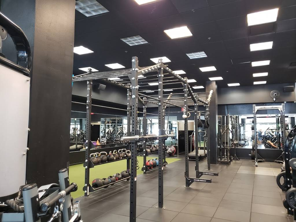 Reign Training Facility - gym  | Photo 5 of 8 | Address: 2785 Cabot Dr STE 135, Corona, CA 92883, USA | Phone: (951) 603-3242