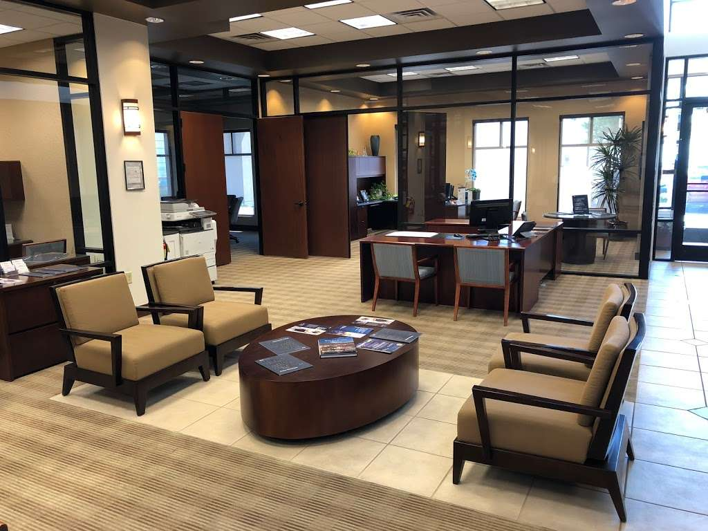 Bank of Nevada - bank  | Photo 3 of 9 | Address: 3985 S Durango Dr, Las Vegas, NV 89147, USA | Phone: (702) 363-5140