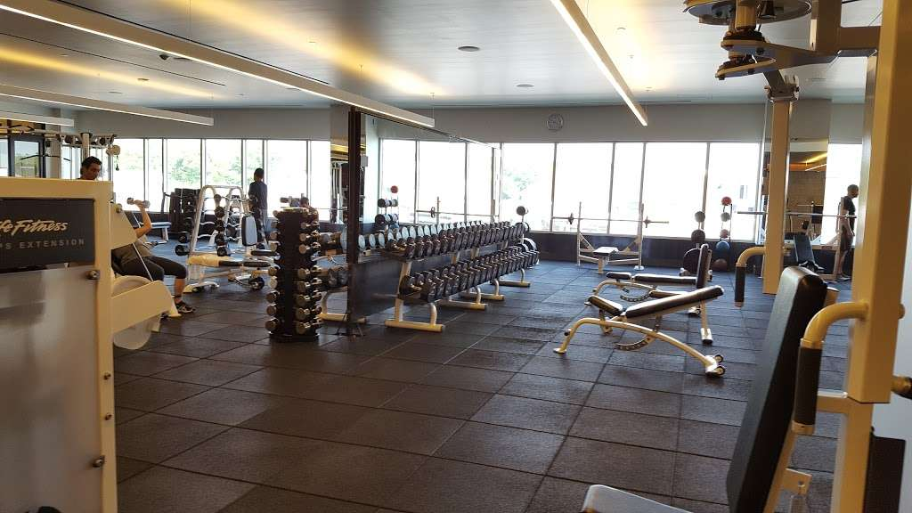 Equinox Chestnut Hill >> Equinox Chestnut Hill Gym 200 Boylston St Chestnut Hill