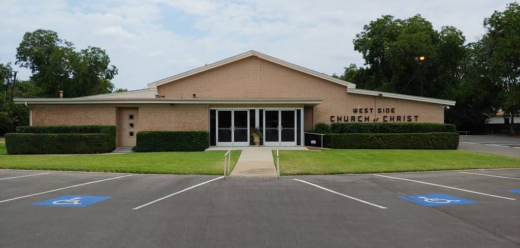 West Side church of Christ - church  | Photo 6 of 10 | Address: 6110 White Settlement Rd, Fort Worth, TX 76114, USA | Phone: (817) 738-7269