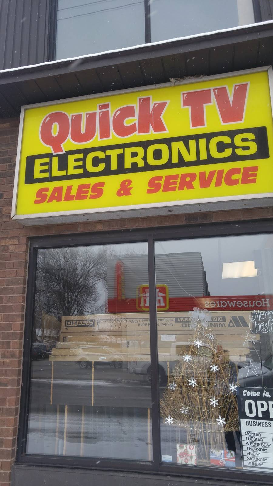 Quick TV Service & Repair - electronics store  | Photo 2 of 3 | Address: 3921 Seminole St, Windsor, ON N8Y 1Z1, Canada | Phone: (519) 945-5558