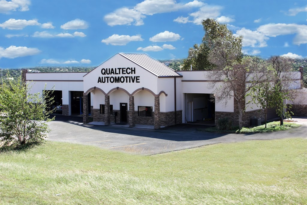 QualTech Automotive - car repair  | Photo 2 of 5 | Address: 13925 TX-71, Bee Cave, TX 78738, USA | Phone: (512) 263-2600
