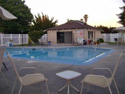 Valley Village - rv park    Photo 3 of 10   Address: 6401 Country Club Dr, Rohnert Park, CA 94928, USA   Phone: (707) 585-2599