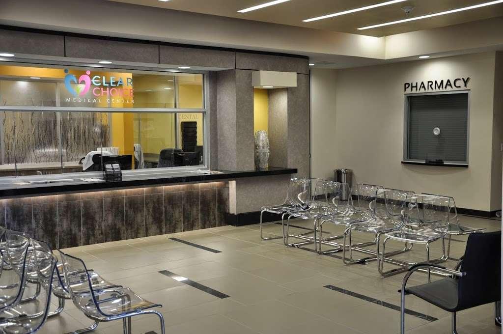 Clear Choice Medical & Dental Center - dentist  | Photo 5 of 10 | Address: 7080 Southwest Fwy, Houston, TX 77074, USA | Phone: (713) 774-7080